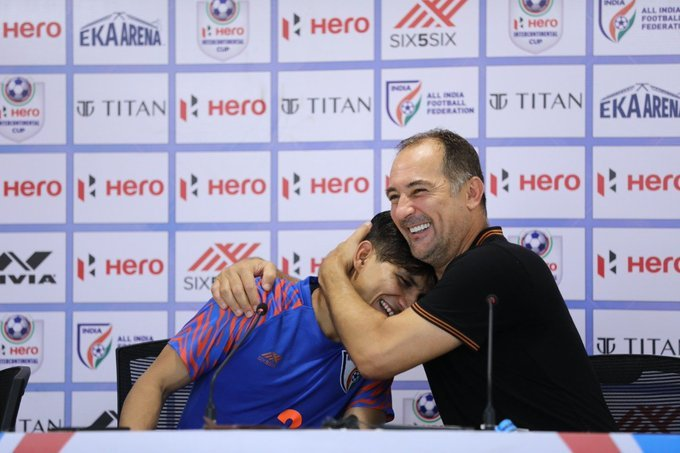 Ex-France World Cup coach Domenech applies for India job
