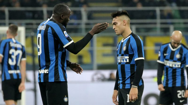 Roma hold leaders Inter, chance for Juventus to go top in Serie A