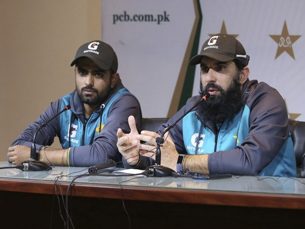 misbah_with_babar_