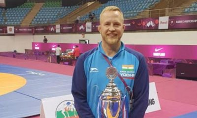 andrew-cook-indian-womens-wrestling-coach-1588154226