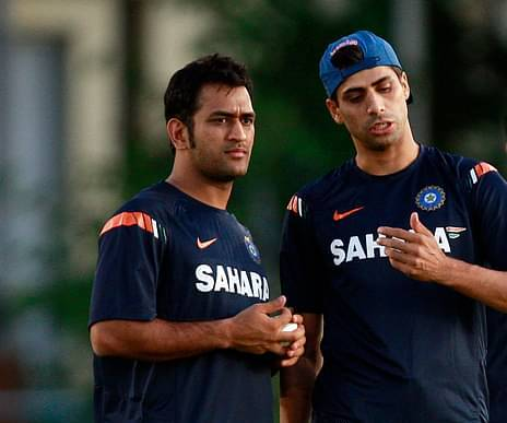 dhoni and nehra