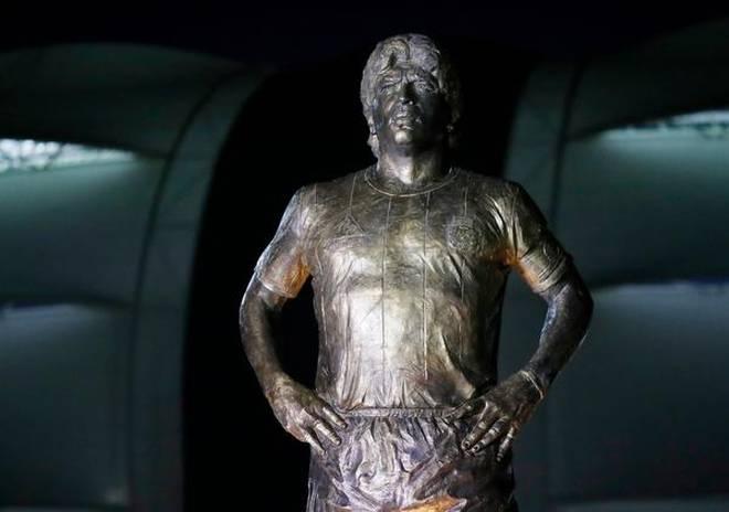 Diego Maradona statue