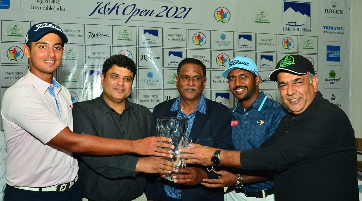 JK-Open-unveiling-trophy