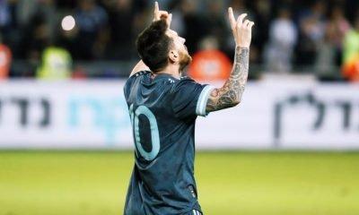 Lionel Messi vs uruguay