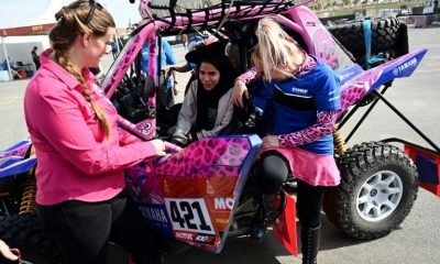 Dakar's women drivers helping their Saudi sisters